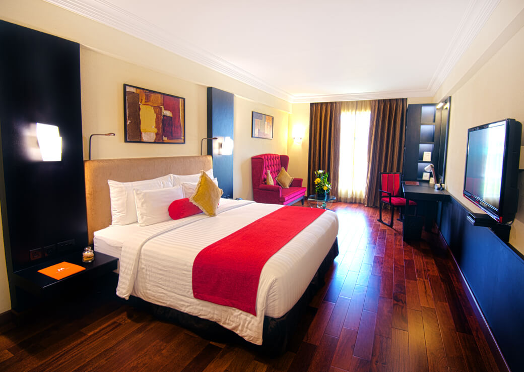 Premium Rooms at Sterlings Mac Hotel